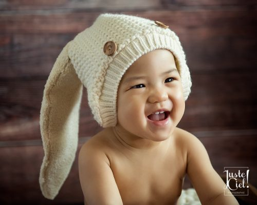 montreal child photographer bunny hat baby one year old