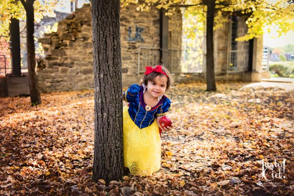baby girl dressed as snow white-child photography